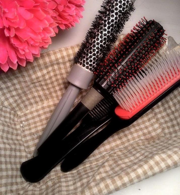 Pulizia di spazzole e pennelli